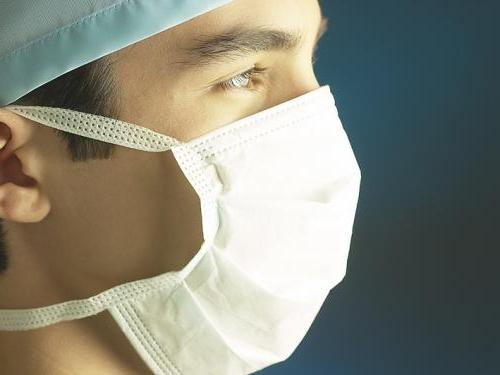 Отек и синяк на носу после ринопластики