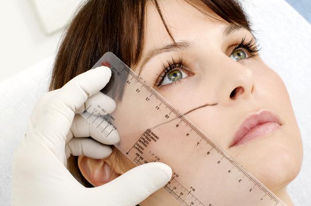 Измерение лица и носа перед операцией