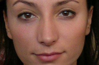 Фото лица фас - широкие ноздри